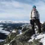 Op de top, genieten van adembenemende uitzichten.